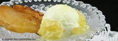 Tarte Tatin per due con gelato alla crema diplomatica e brunoise di mele caramellate.   Oggi sono troppo svenevole, però San Valentino è dietro l'angolo ed è una tra le mie feste …