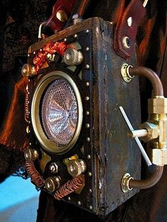 Steampunk Purses Double As Anti-Paradox Devices