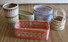 Casey's Minis: Very Easy Basket Tutorial only three materials needed great idea