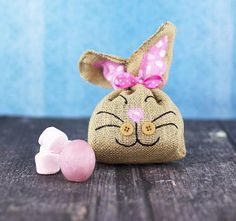 Create this bunny burlap favor bag with Americana® Multi-Surface Acrylics — Here's a quick and easy project for Easter that even the kids will be able to make. #decoartprojects @michaelsstores