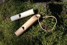 Making a whiste from elder wood - jonsbushcraft.com