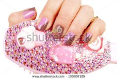 Rezultatele căutării de imagini Google pentru http://image.shutterstock.com/display_pic_with_logo/205885/100907125/stock-photo-female-hands-with-pink-and-brown-stylish-manicure-holding-glamour-comb-on-the-white-100907125.jpg