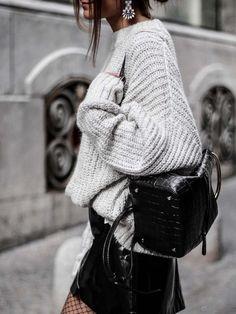 9ba59a2e39e46a 12 meilleures images du tableau Mini jupe noir en 2017