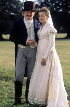 """Emma"" starring James Cosmo and Greta Scacchi as Mr. Jane Austen Movies, Emma Jane Austen, Historical Costume, Historical Clothing, Historical Romance, James Cosmo, Emma James, Emma 1996, Regency Dress"