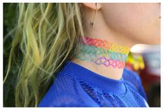 Tattoo choker necklaces | 9 Things We Don't Miss From The 90s
