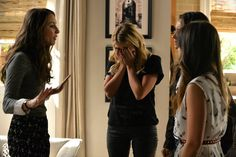 Don't miss the PLL Winter Premiere Tuesday, January 6 at 8pm 7c on ABC Family!   Pretty Little Liars