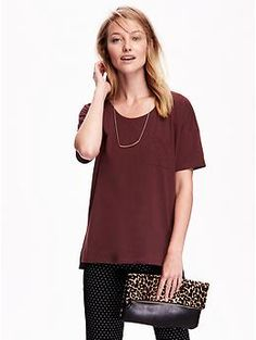 Boyfriend Tee | Old Navy  I like the maroon one in S
