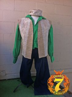 This is for a complete Men's Renaissance Peasant Outfit. It will include a 100% cotton shirt, a cotton blend reversible jerkin, a 100% cotton pants, a cotton blend gypsy hat, and a pouch