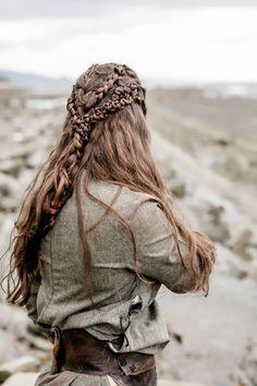 old renaissance braid.good old renaissance braid. Warrior Braid, Vikings, Viking Aesthetic, Celtic Braid, Renaissance Hairstyles, Viking Braids, Pinterest Hair, Braided Hairstyles, Viking Hairstyles