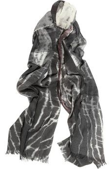I really want to try this next, making my own scarfs then dying them!