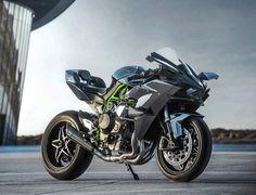 カワサキ、300馬力の「Ninja H2R」と200馬力の「Ninja H2」の米国における販売価格を公表 - えん乗り