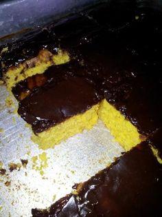 Bolo De Cenoura-Brazilian Carrot Cake, recipe http://www.food.com/recipe/bolo-de-cenoura-brazilian-carrot-cake-448194