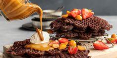 Caramel Apples, Salt, Dessert Recipes, Food, Yummy Yummy, Essen, Caramel Apple, Salts, Desert Recipes