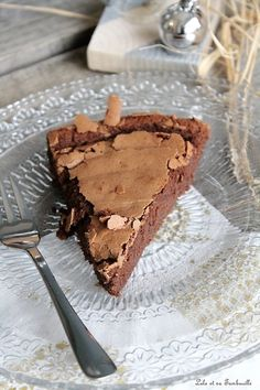 Chocolate cake without butter and without reproach Ww Desserts, Chocolate Desserts, Chocolate Cake, Cakes Without Butter, Cake Recipes, Dessert Recipes, Cake & Co, Pastry And Bakery, Food Cakes