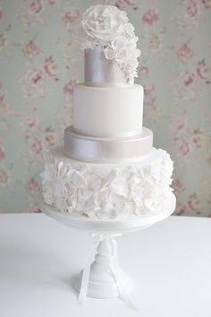 Ruffles wedding cake by Cotton and Crumbs