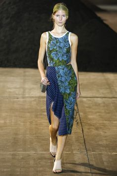 3.1 Phillip Lim Spring 2016 Ready-to-Wear Fashion Show - Paula Simkuse