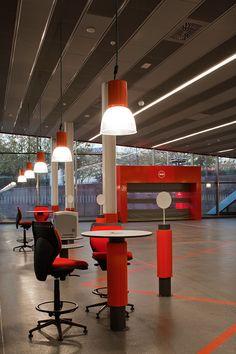 Gallery of Mapfre Automovile Services Centre / Beriot, Bernardini Arquitectos - 10