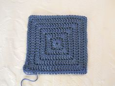 Simple solid granny square - free crochet pattern by Kristie-Beth. I love the fact that there are no holes in it!!
