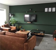 Simple Living Room Decor, Condo Living Room, Living Room Colors, Interior Design Living Room, Home And Living, Living Room Designs, Green Bedroom Colors, Green Rooms, Dark Green Living Room