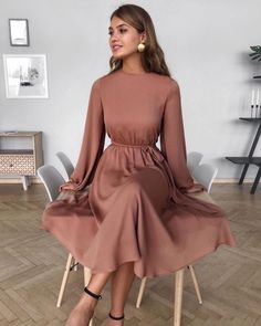 2020 Women Fashion flower cocktail dress floral floaty midi dress - Women's style: Patterns of sustainability Modest Dresses, Modest Outfits, Simple Dresses, Classy Outfits, Modest Fashion, Pretty Dresses, Beautiful Dresses, Dress Outfits, Casual Dresses