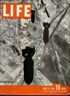 """LIFE magazine 12 June """"Invasion by air"""", one of many wartime LIFE magazines I've got in the collection. History Magazine, Time Magazine, Magazine Covers, News Magazines, Vintage Magazines, Vintage Ads, Life Cover, E Sport, Cool Books"""