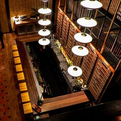 The Best Japanese Design Bar Stools For Your Open Space Luxury Restaurant, Restaurant Interior Design, Luxury Interior Design, Japanese Bar, Japanese Design, Japanese Style, Unique Bar Stools, Chicago Bars, Counter Design