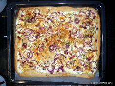 Flammkuchen reteta clasica (Tarte flambée) este o placinta simpla pe un aluat dospit, de paine. Foarte populara la granita franco-germana (Alsacia), de ...