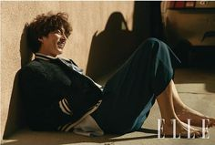 Gong Yoo take photos from L A 's beach town, Venice Beach for ELLE Korea Asian Actors, Korean Actors, Gong Yoo Smile, Goong Yoo, Yoon Eun Hye, Korean Military, Portrait Editorial, Kyung Hee, Elle Magazine