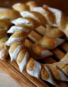 Bread wreath, a cool idea I might have to try over the holiday