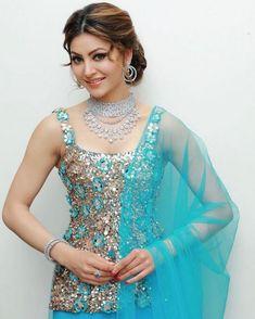 Urvashi Rautela Looks Stunning In New Photos – Crazy Hippo Beautiful Girl Indian, Most Beautiful Indian Actress, Beautiful Bollywood Actress, Beautiful Actresses, Hot Actresses, Indian Designer Suits, Saree Models, Stylish Girl Images, Indian Celebrities