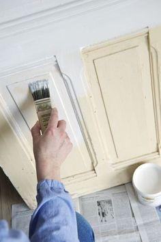 4. Bien enduire les portes avant de les peindre