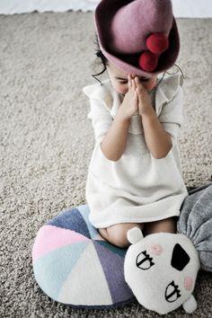 Se eu quiser falar com Deus tenho que ficar a sós... ... tenho que calar a voz Tenho que encontrar a paz.***