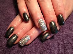 Gel nails, glitter, polish