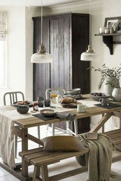 Hygge Dining Room 12 Ways To Create The Danish Hygge Look At Home Casa Hygge, Sweet Home, Style Deco, Home Trends, Dining Room Design, Wabi Sabi, Home Staging, Interiores Design, Diy Home Decor