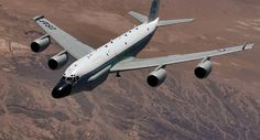 Um avião de reconhecimento dos EUA foi detetado no céu do Mar Báltico perto da fronteira russa, de acordo com o site liveuamap.com que monitora os movimentos do avião militar.