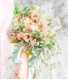 Got @corbingurkin 's photos from the last Berkshires workshop @stonoverfarm with @maxgilldesign and in a total swoon over Max's bouquet… Peach Bouquet, Pink Umbrella, Girly Things, Floral Wreath, Workshop, Wreaths, Table Decorations, Photo And Video, Bridal
