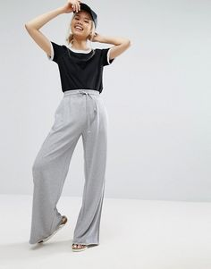 Extra large grey trousers for casual yet stylish days