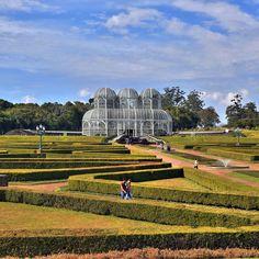 """#TBT - Hoje me deu tanta saudades de #Curitiba-Um pouco de info: A estrutura do #JardimBotanico conta com além da """"estufa de três abóbadas"""" o Museu Botânico Municipal trilhas em bosque de araucárias lago quadras esportivas e um velódromo. Contamos tudo aqui: http://ift.tt/2g7kXIF  #curitibacool #curitibaspace #curitibalover #curitibanices #curitiba360 #curitibatreina #curitibacult #curitibapic #curitibapr #curitibashow #curitibalinda #curitibando #curitiba_pmc #curitibalovers #curitibacity…"""