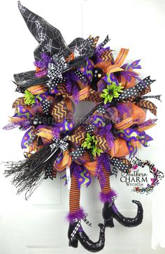 Deco Mesh Witch w broom Halloween wreath by www.southerncharmwreaths.com