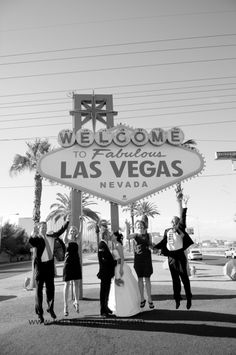 cute picture for a las vegas wedding.