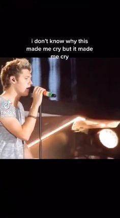 Niall Horan Facts, Niall Horan Funny, Niall Horan Baby, 5sos Funny, One Direction Music, One Direction Videos, One Direction Humor, One Direction Pictures, Irish Boys