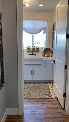 Small Laundry Rooms, Laundry Room Design, Dream Home Design, House Design, Laundry Room Remodel, Laundry Closet, Remodel Bathroom, Laundry Room Inspiration, Farmhouse Laundry Room