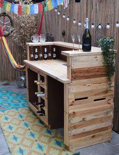 Handmade, Rustic, Reclaimed Wooden Home Bar. Pool Bar, Wooden Home Bar, Pallet Bar Plans, Ideas Terraza, Home Bar Plans, Outdoor Patio Bar, Outside Bars, Portable Bar, Man Cave Home Bar
