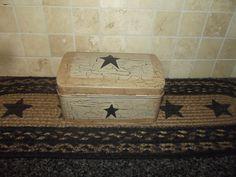 Primitive Crackle Tan & Black Stars Tin Box w/ Hinge Lid ~ Country Farm Decor #NaivePrimitive