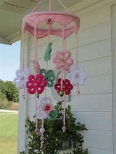 Image detail for -The Blooming Times: Sunburst crochet baby mobile