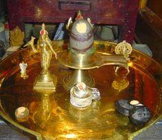 Panchayatana puja is the system of worshipping five deities. These deities include Lord Surya, Goddess Devi, Lord Vishnu, Lord Ganesha and Lord Shiva. Shiva Linga, Shiva Shakti, Lord Vishnu, Lord Ganesha, Shiva Purana, Shri Hanuman, Krishna, Hanuman Photos, Lord Jagannath