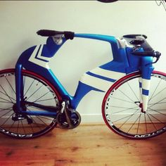 We got a Japanese Designer over our floor with his own amazing creation! by pristinefixedgear, via Flickr
