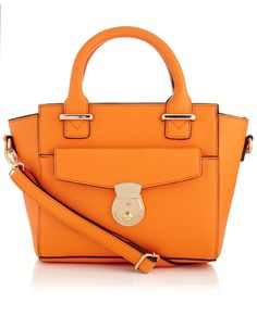 The @Accessorize Mini Pocket Winged Bag is perfect for a bit of summer shopping... The colour's warming and perfect for the season!