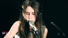 """Wolf Alice - """"Moaning Lisa Smile"""" (Live at WFUV)"""