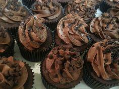 manoli's birthday party ! chocolate cupcakes, chocolate buttercream with mini chocolate chips